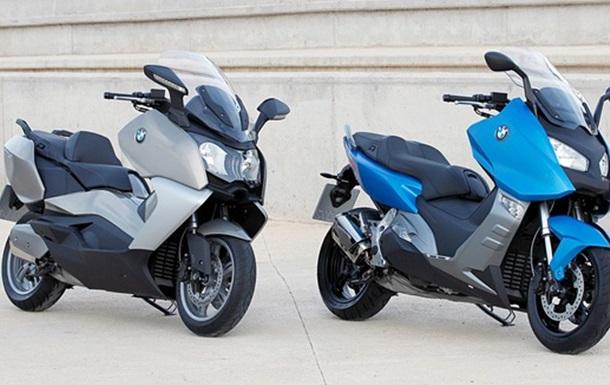 Обзор: макси скутеры BMW C600 Sport и C650 Gran Turismo. Фото, видео