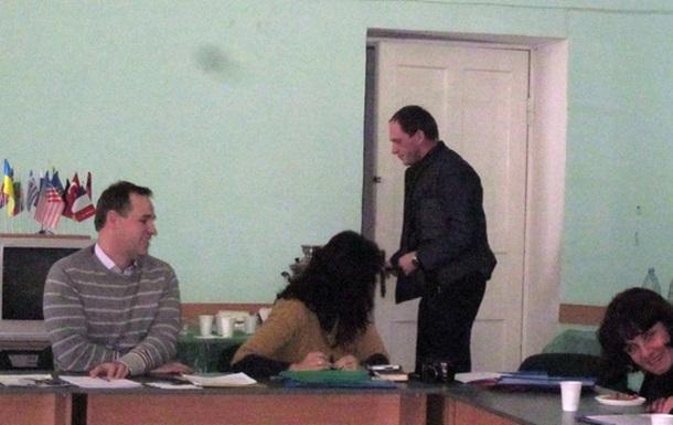 В Криму на засіданні круглого столу з проблем демократії вибухнув скандал
