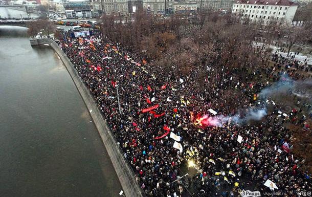 Почему Путин разрешил митинг на Болотной?