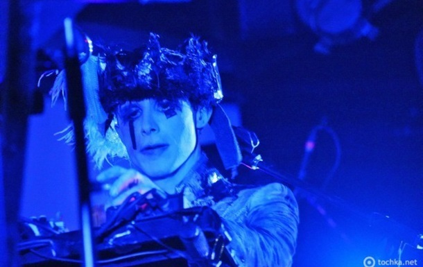 IAMX. Kiev. Crystal Hall 22/10/2011