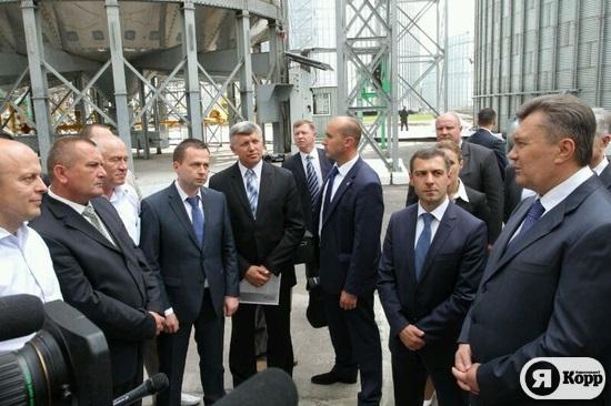 Янукович на крупнейшем в Европе элеваторе