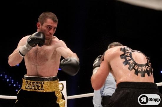 Заур Байсангуров защитил чемпионский титул