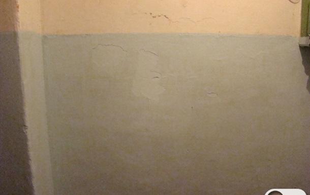 Посмотреть бы, как Попов сделал ремонт у себя в квартире. У нас так....