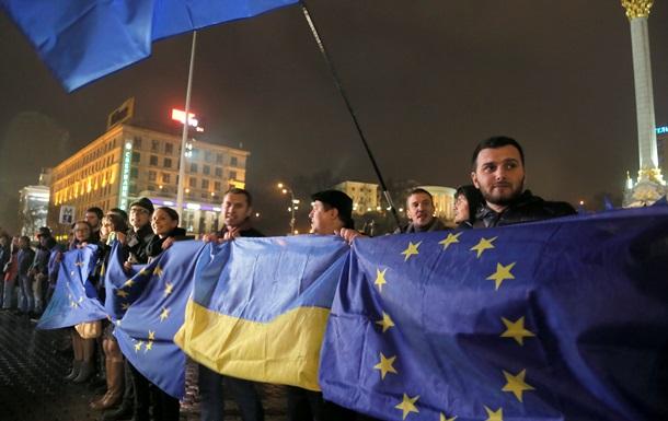 Крым поддержал решение Кабмина о приостановлении подготовки СА к подписанию