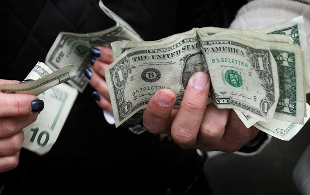 Нацбанк похвастался серьезным сокращением валютных долгов украинцев