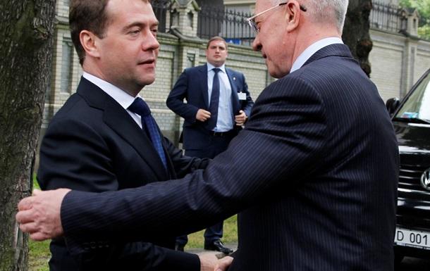В декабре Украина и Россия сядут за стол переговоров - премьер