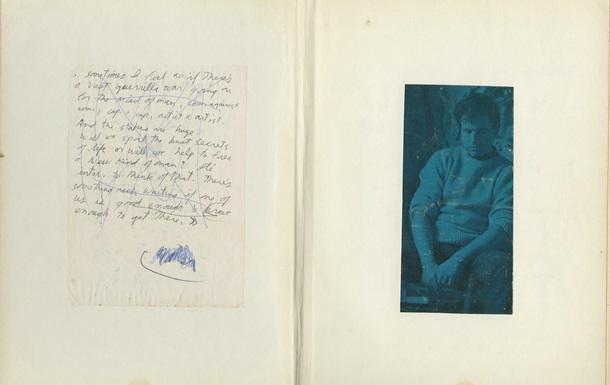 Британский музыкант выставил на аукцион в США дневник Джима Моррисона