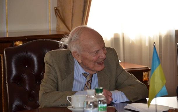 Борису Патону исполнилось 95 лет