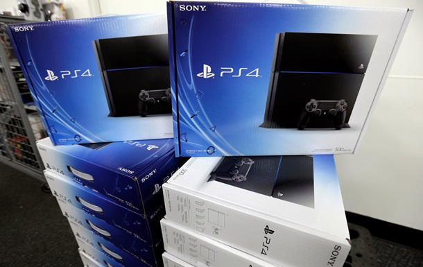 Геймеры отдают предпочтение PlayStation 4 - аналитики