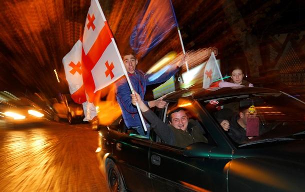 Президент Грузии: Ассоциация с ЕС поможет стране решить проблемы Абхазии и Южной Осетии