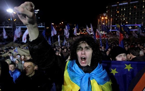 На вече в Киев из Львова отправляются около 10 тысяч человек - УДАР