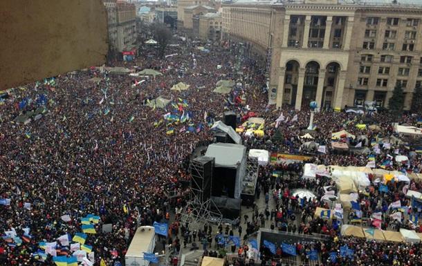 На Евромайдане милиция следит за митингующими с помощью радиоуправляемой камеры, запущенной в воздух