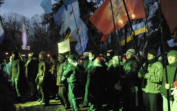В палаточном городке регионалов осталось несколько десятков сторонников Януковича