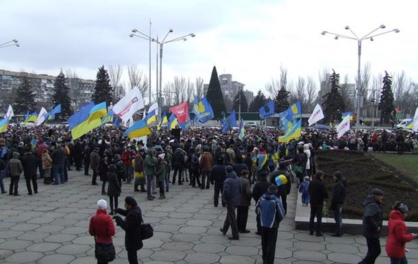 В Запорожье неизвестные выстрелили в автомобиль участника акции протеста