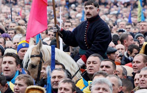 НГ: Майдан перешел на осадное положение