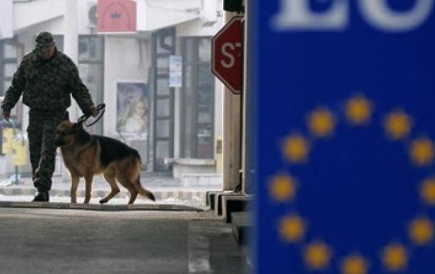 ЕС отказал Украине в финансовой помощи, о которой говорил Азаров