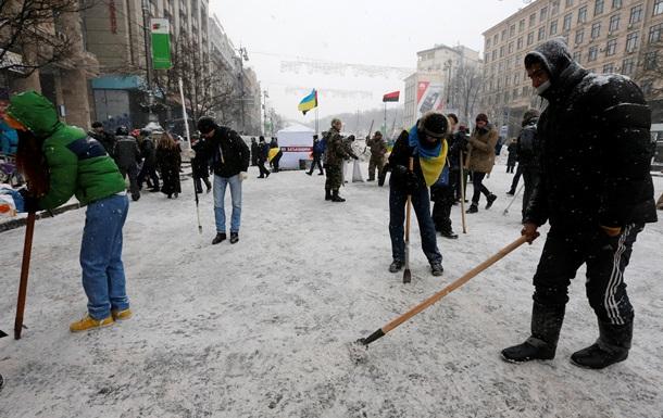 Очевидцы сообщают о колонне автобусов с силовиками на Одесской трассе