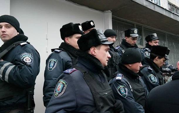 В помещение 223 окружизбиркома милиция не пускала парламентариев и журналистов - народный депутат