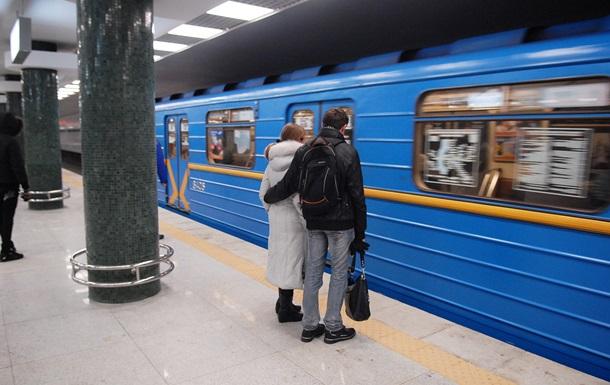 В киевском метро демонтируют мониторы