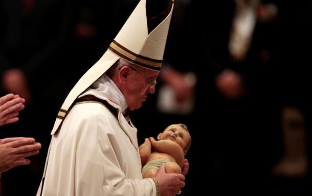 Папа Римский Франциск впервые возглавил рождественскую мессу