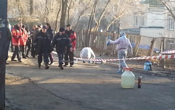 В Киеве возле жилых домов собрали 5 кг разлитой ртути
