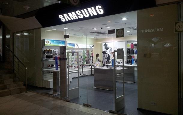 Apple снова судится с Samsung