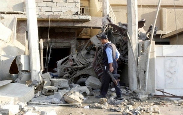 При взрыве на призывном пункте в Багдаде погибли более 20 военных
