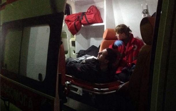 Медики сообщают о госпитализированных после столкновений с Беркутом возле Киево-Святошинского суда