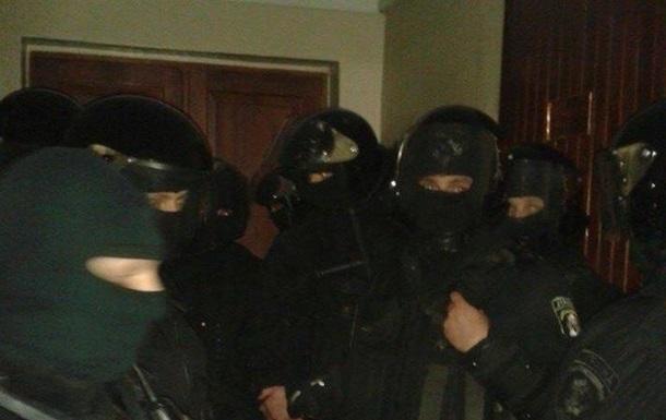 Милиция имела право применять оружие под Киево-Святошинским судом - МВД