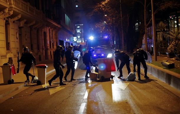 В Мадриде при разгоне манифестации пострадали 10 человек