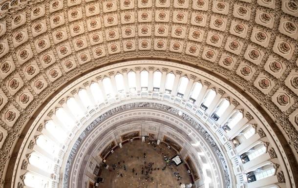 США отложили бюджетный кризис до осени