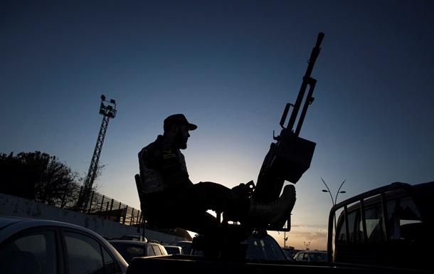Ливийские власти объявили в стране чрезвычайное положение