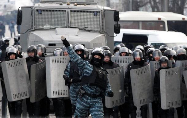 Парламент Крыма призывает Януковича жестко навести порядок в стране