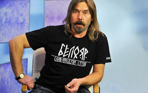 Лидера рок-группы Коррозия металла сняли с рейса из-за дебоша в аэропорту