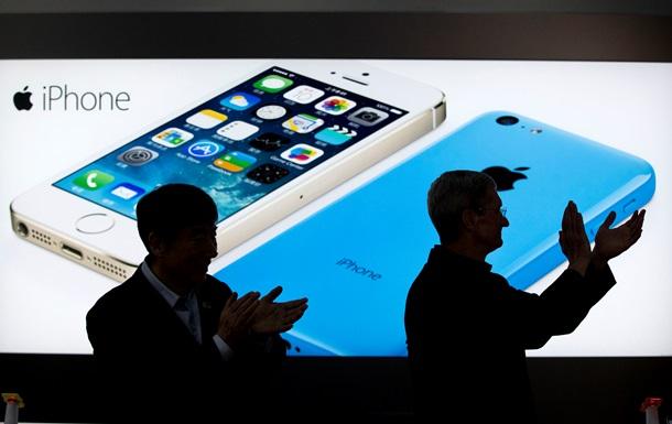 Apple готовится выпустить две модели iPhone с большими экранами