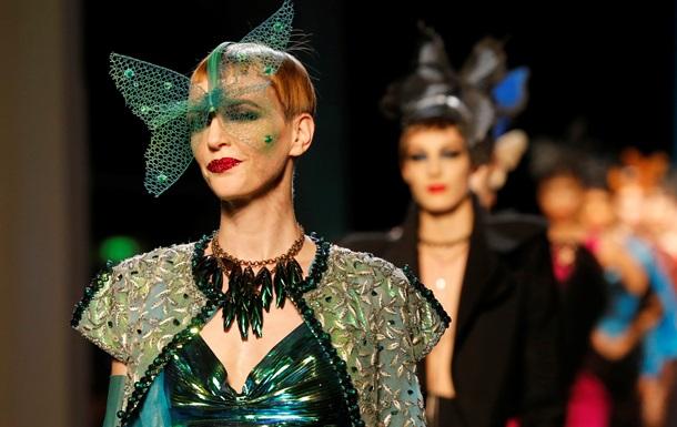 Бурлескные бабочки Готье и спортивное диско Сhanel. Лучшие показы Недели высокой моды в Париже