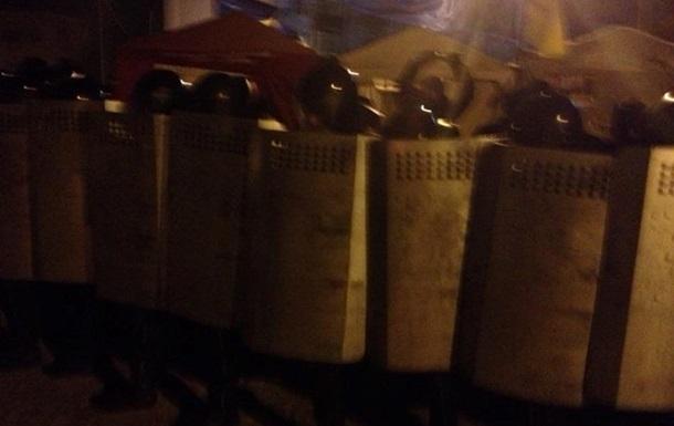 В Сумах милиция заявляет, что ночью силового разгона митингующих не было
