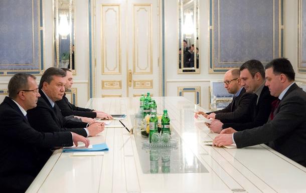 Сегодня Виктор Янукович может встретиться с Владимиром Путиным - СМИ