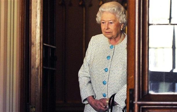 Королева Єлизавета II опинилася на межі банкрутства