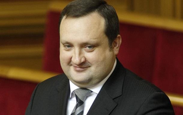 Арбузов закликав владу та опозицію відмовитися від ультиматумів і агресії