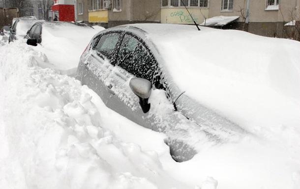 Киевские коммунальщики готовятся к сильным снегопадам