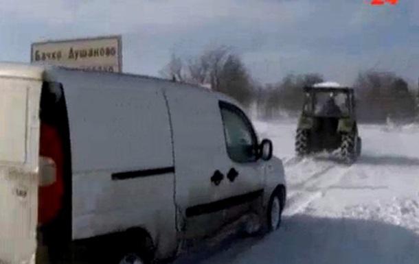 В Сербии снежные заносы достигли 5 метров