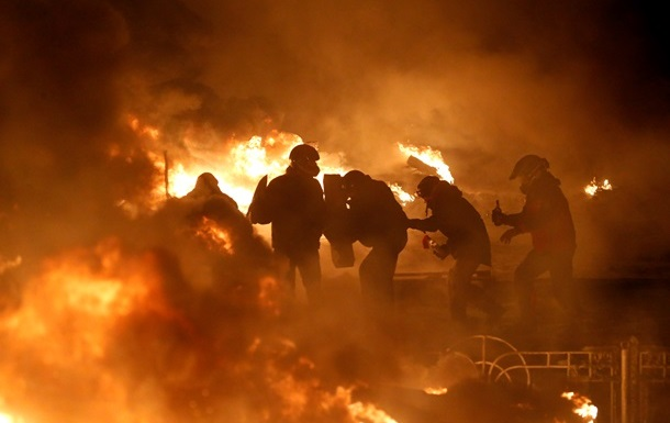Глава Рады заверил дипломатов ЕС: власть хочет мирным путем решить кризис в стране