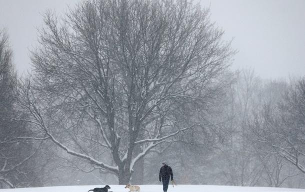 Японию полностью занесло снегом