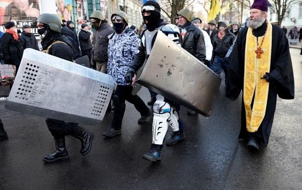 Почти половина россиян считают, что ситуация в Украине спровоцирована извне - опрос