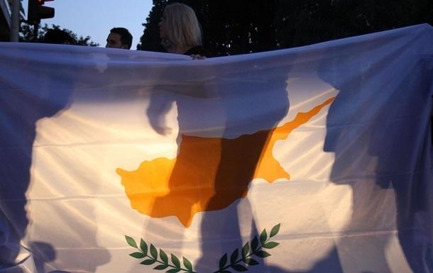 Лидеры разделенных общин Кипра провели встречу