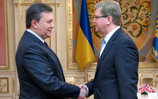 Фюле напомнил политикам, что по обе стороны баррикад в Киеве находятся люди