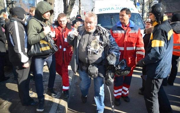 Во время столкновений на Шелковичной пострадал фотокорреспондент Reuters