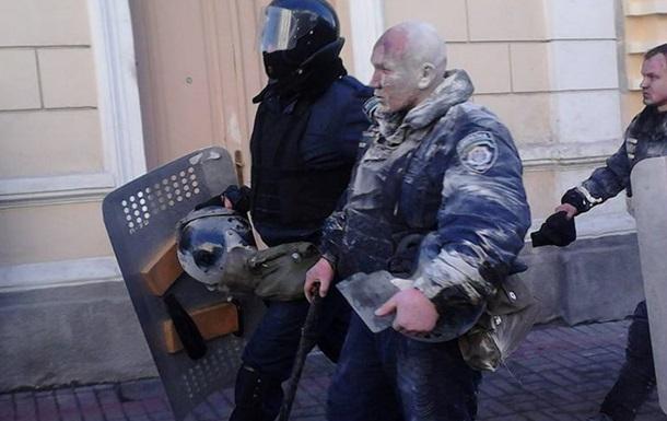 Минимум четыре человека травмированы в стычках с милицией в Киеве