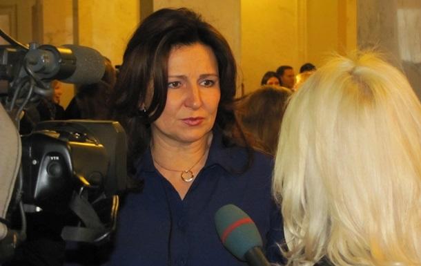 Депутаты останутся ночевать в Раде, пока не вернутся к Конституции 2004 года - Богословская